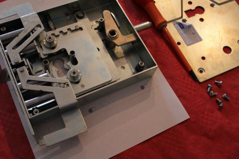 Serratura potent cilindro europeo per porte blindate - Cilindro porta blindata ...