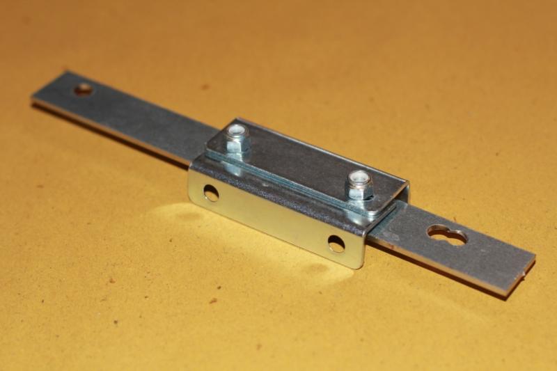 lastra-dritta-serrature-basculanti-garage