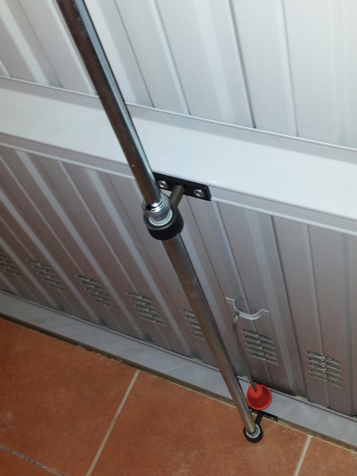 Defender per basculante vendita serrature porte blindate for Garage a basso costo