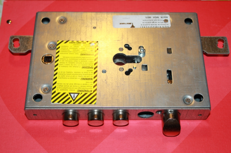 serrature-oikos-porte-blindate-per-incontro-elettrico