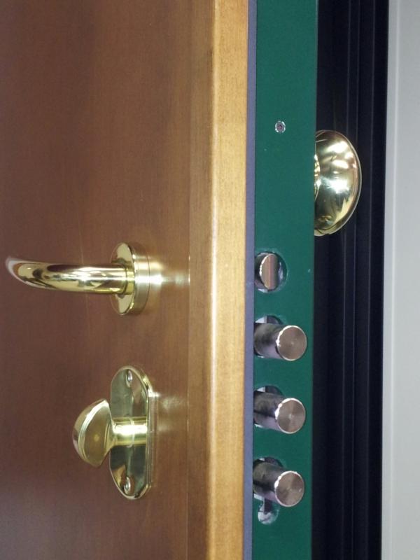 Vendita serrature porte blindate Cisa con cilindro europeo