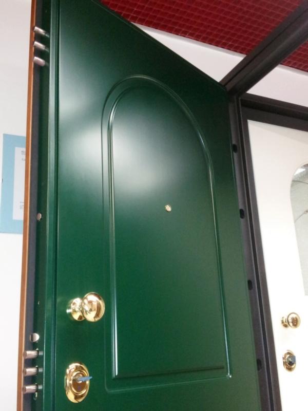 Assistenza porte serrature blindate vendita serrature porte blindate e basculanti on line - Portoncini da esterno prezzi ...
